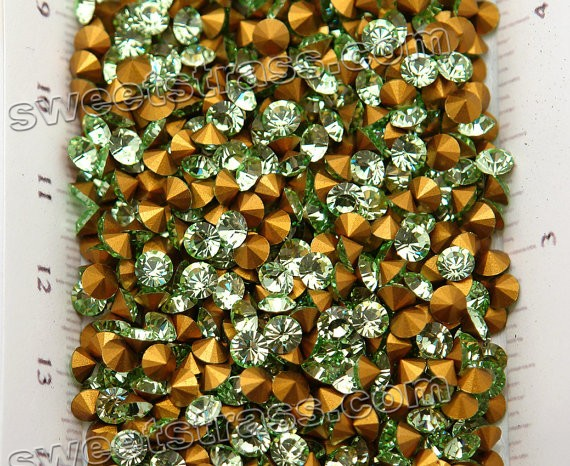 Chatons Austria Crystals Loose Chrysolite Green SS30