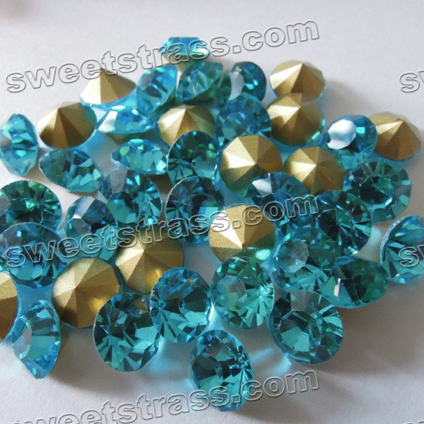 China Pointed back Strass Chaton Blue Zircon