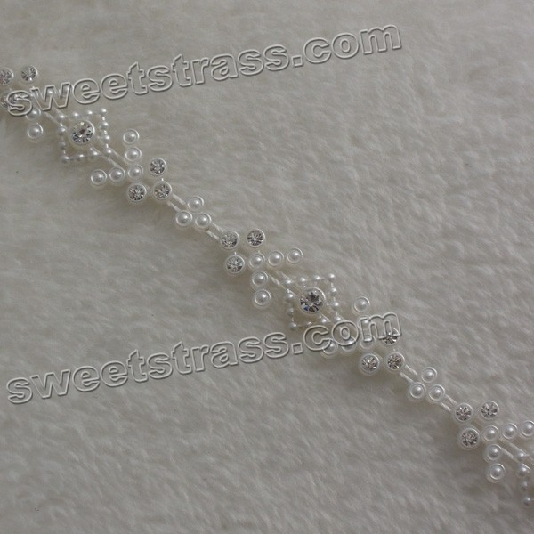 Wholesale Plastic Beaded Crystal Ribbon Trim For Wedding Cake