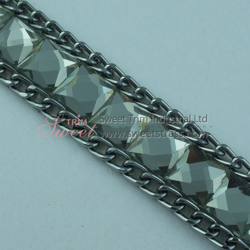 Wholesale Iron On Metal Chain And Glass Rhinestone Strip Trimming