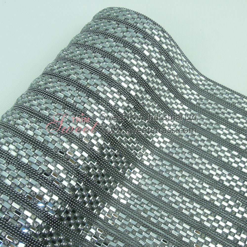 Sticky Black Diamond Metal Chain Glass Stone Mesh Sheet Wholesale
